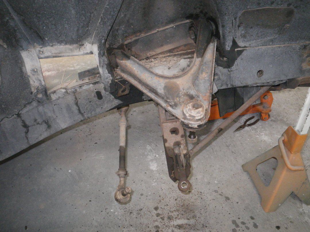 Control Arm Upper Right.JPG