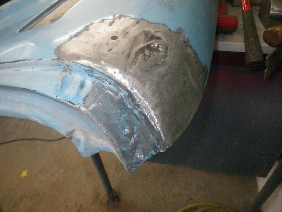 Fender Right Puncture welded.JPG